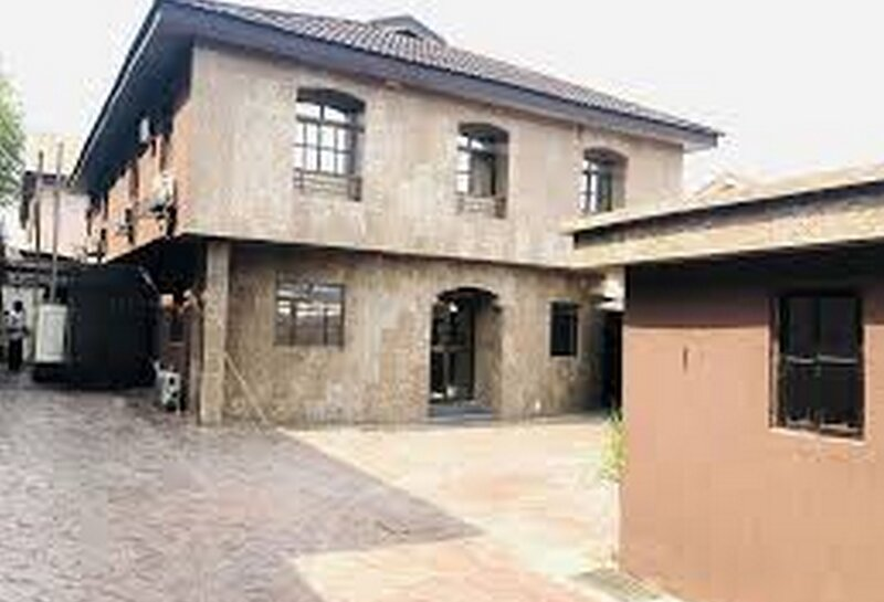 Class Suites Elicris Place 1, holiday rental in Ikeja