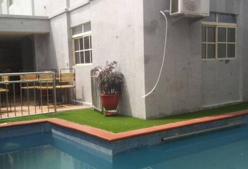 Class Suites Elicris Place 2-Apartment, holiday rental in Ikeja