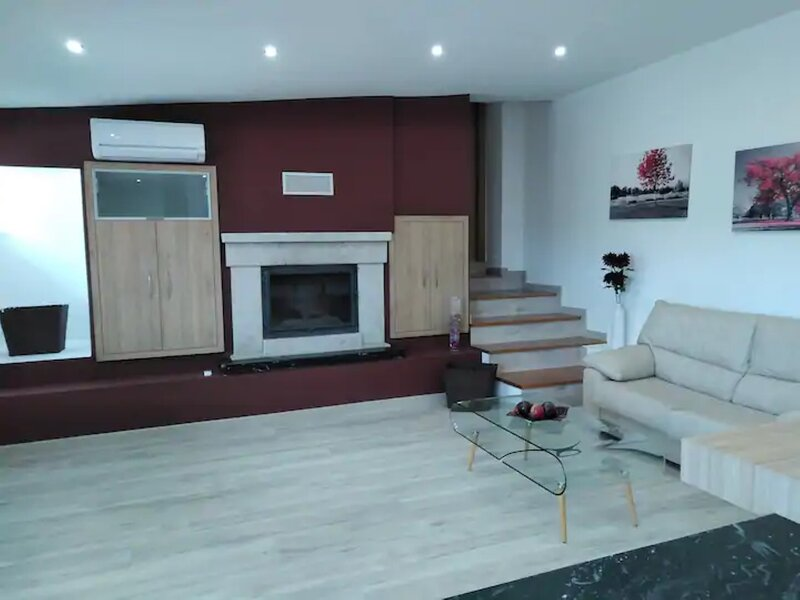 House - 2 Bedrooms with Pool and WiFi - 109016, vacation rental in Ricovanca