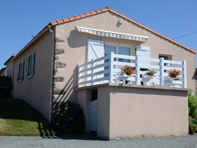 Le Puy Giraud, holiday rental in Montournais