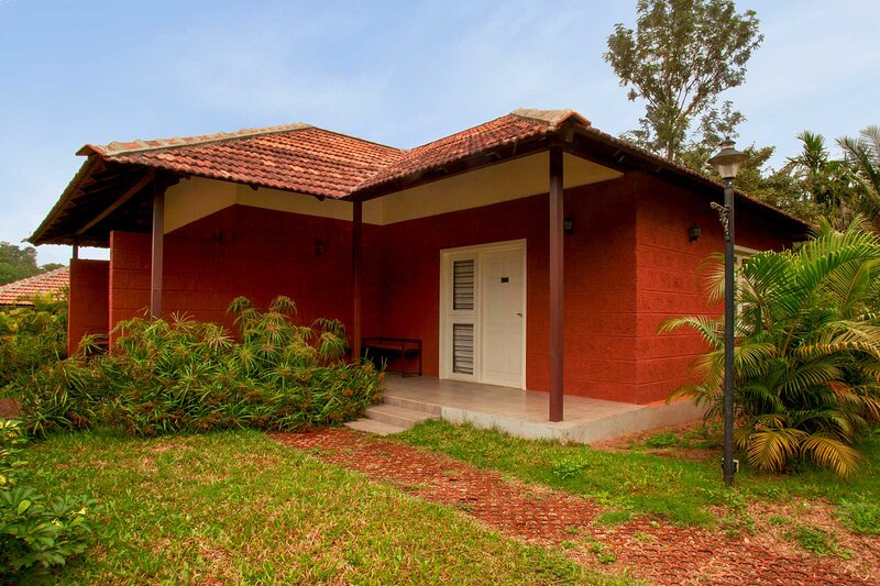 Clover Holiday Village Kodagu by Vista Rooms, holiday rental in Sakleshpur