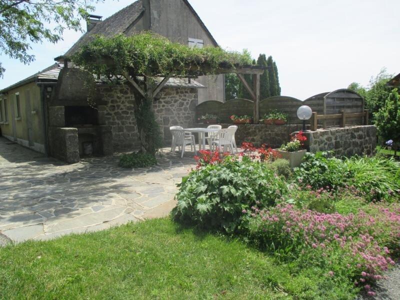Gîte du plateau - H12G006014, vacation rental in Nauviale