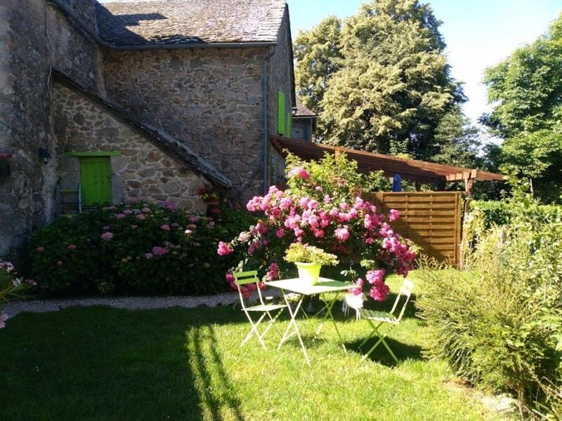 Manoir Les Hortensias, holiday rental in La Bastide-l'Eveque