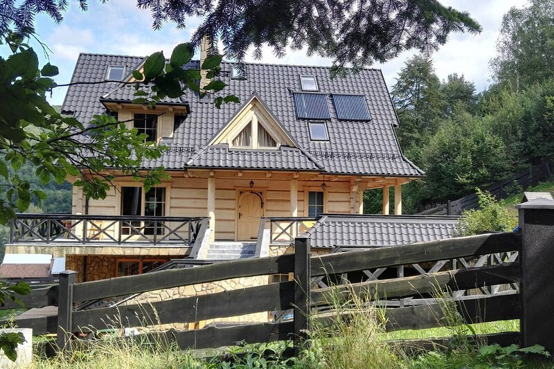 Beautiful Large Villa in Tylmanowa, vacation rental in Lapsze Nizne