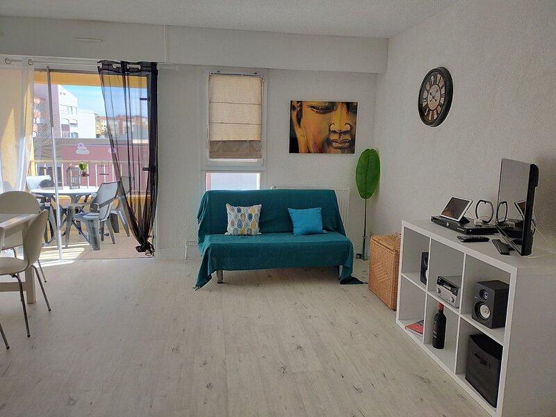 1 Bed Apartment / Centre Port, Ferienwohnung in Cap-d'Agde