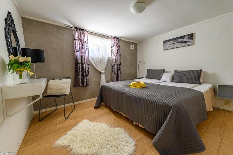 Nicolas Apartment 1 nice Cozy Central 2 Rooms, location de vacances à Stavanger