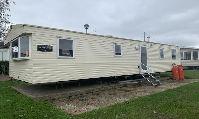 8 berth caravan for hire by the beach at Haven Caister Holiday Park ref 30014CB, location de vacances à Runham