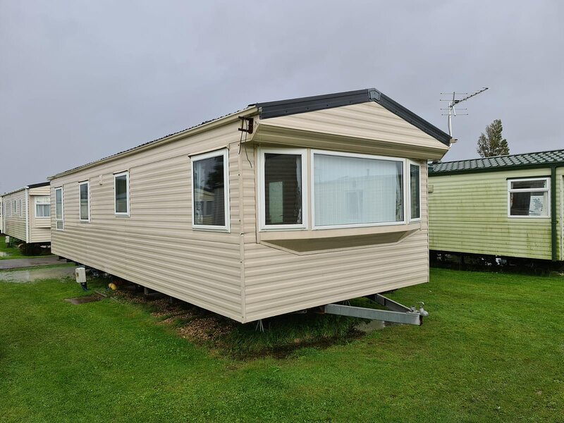 8 berth caravan for hire at Sunnydale park Lincolnshire Skegness ref 35082B, Ferienwohnung in Saltfleet