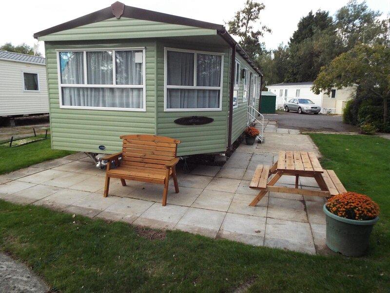 Brilliant 6 berth caravan at Southview Holiday Park near Skegness ref 33125S, location de vacances à Wainfleet All Saints