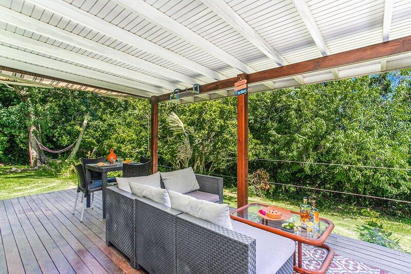Nice bungalow with sea view & Wifi, alquiler de vacaciones en Le Francois