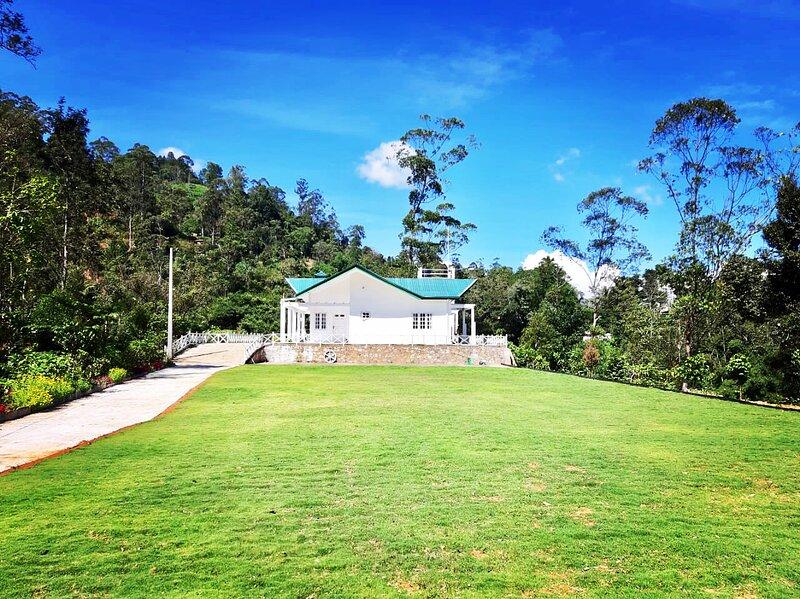 Mount edge Riverside Luxurious villa-Bandarawela, holiday rental in Haputale