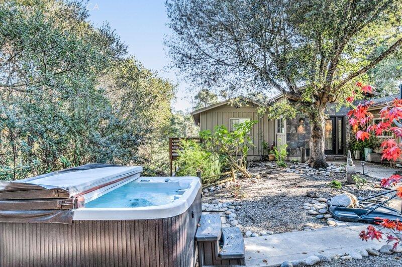 Carmel Nirvana  Close to Shops Restaurants Golf Beach, casa vacanza a Del Rey Oaks