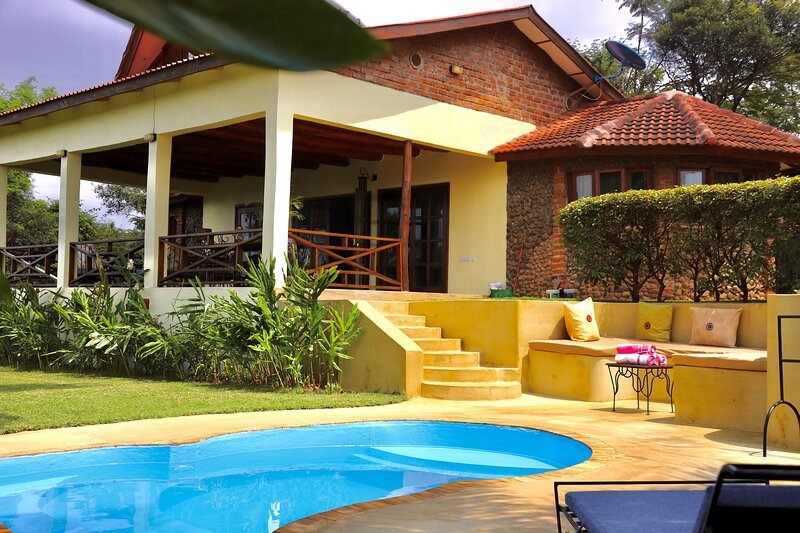 Family Cottage with private swimming pool, holiday rental in Moshi