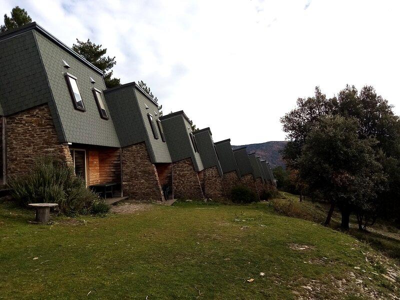 Village de gîtes Le Serre de la Can, location de vacances à Saint-Frézal-de-Ventalon