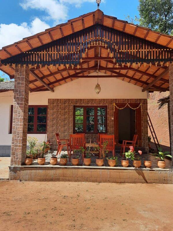 Janukallu Estate Stay, holiday rental in Arasinaguppe