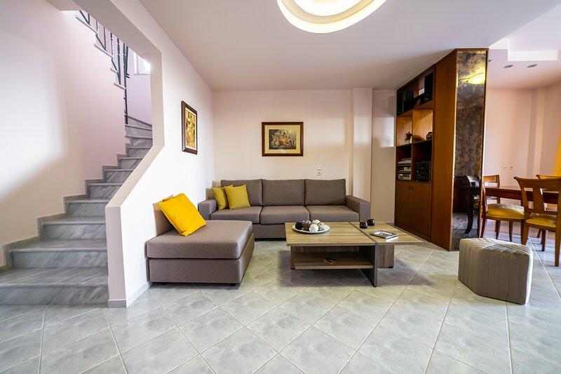 Villa Fiori ''By Checkin'', casa vacanza a Koutouloufari