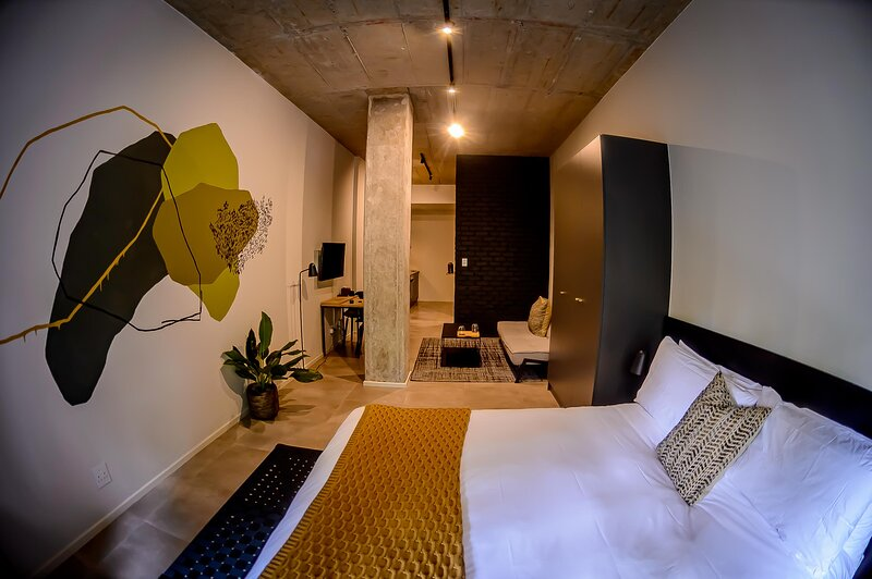 BlackBrick Hotel, holiday rental in Illovo