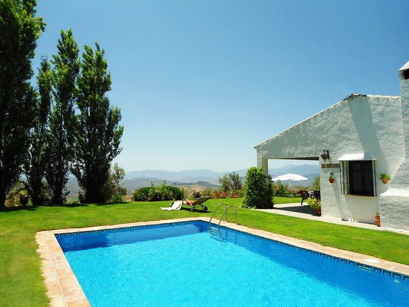 Holiday villa Encinar, location de vacances à La Joya