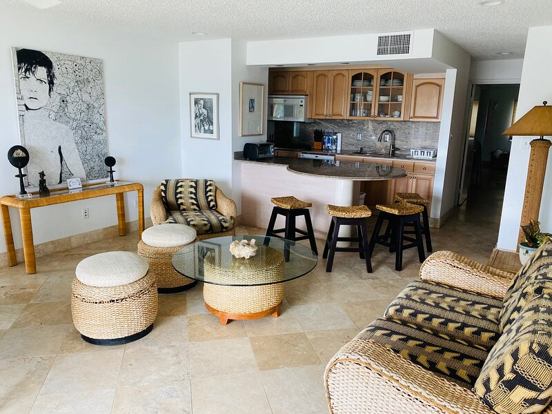 Crystal Cove Deluxe Suites on Sapphire Bay Beach, holiday rental in Water Island