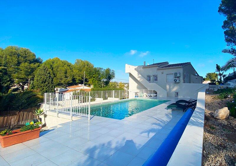 Villa L'Azalea - CostaBlancaDreams, holiday rental in La Llobella