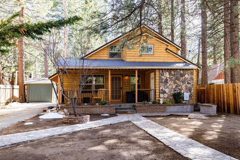 1924 - Sunny Forest Cottage, vacation rental in Moonridge