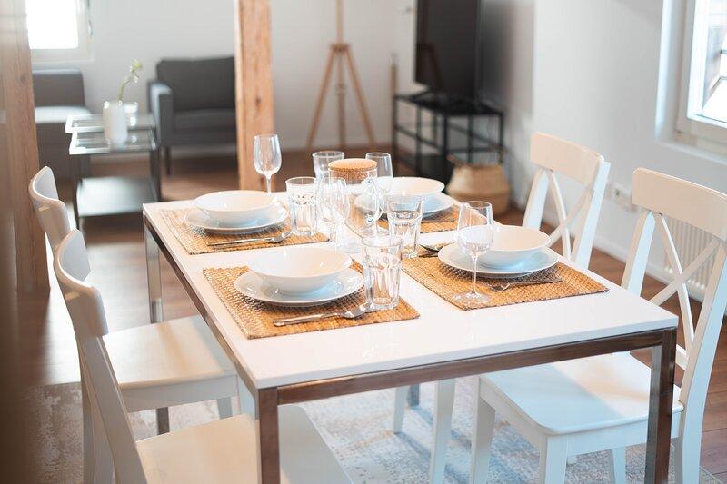 helles 2.5-Zimmer-Apartment 'rustic white', aluguéis de temporada em São Galo (cantão)