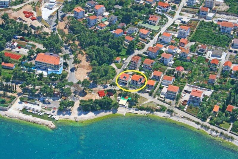 Bela2 A1 B1(4) - Mastrinka, vacation rental in Mastrinka