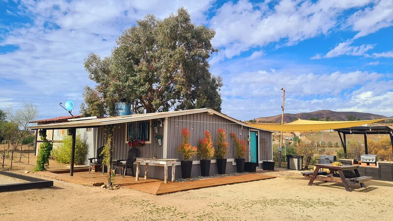 Finca Vidandrei Casa Eucalipto, cómoda y bien ubicada en Valle de Guadalupe, holiday rental in Ensenada Municipality