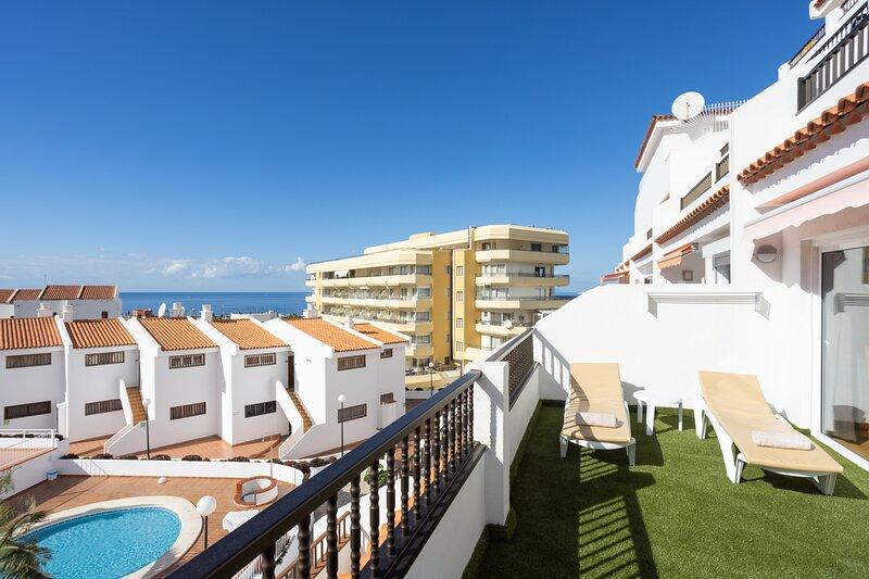 Home2Book Paradise Costa Adeje, Pool, holiday rental in La Caldera