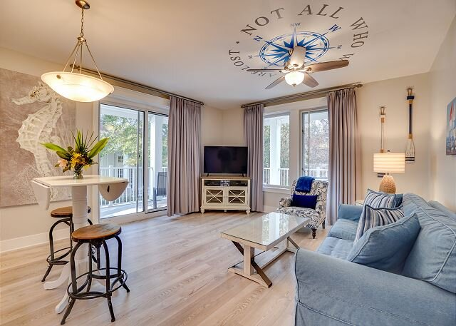 'Porpoise Of Life' welcomes you for a fun-filled, relaxing beach vacation!, vacation rental in Miramar Beach