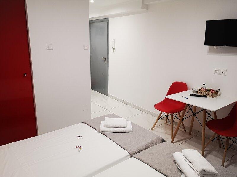 City Center Studios I4, holiday rental in Nea Alikarnassos