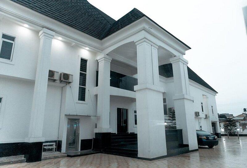 Poshlux Executive Hotel, casa vacanza a Benin City