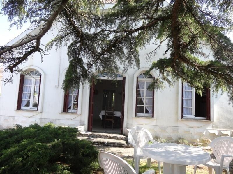 JOLIE MAISON TYPIQUEMENT VENDEENNE, Ferienwohnung in La Faute-sur-Mer