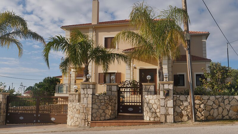 Villa Omega Kefalonia – semesterbostad i Karavados