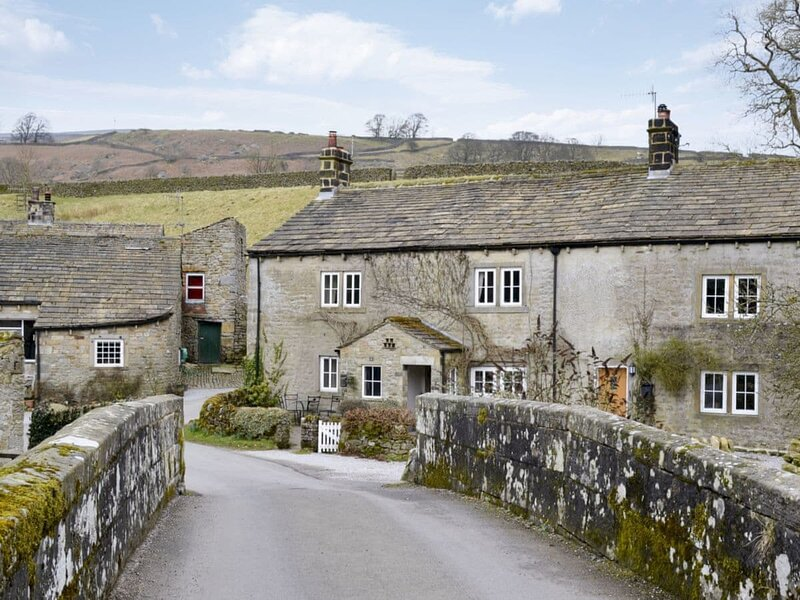 Little Brook Cottage, Hebden near Grassington, holiday rental in Cracoe
