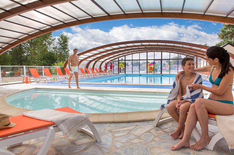 Venez passer des vacances en mobil-home au camping du Domaine de Dugny, holiday rental in Saint-Nicolas-des-Motets