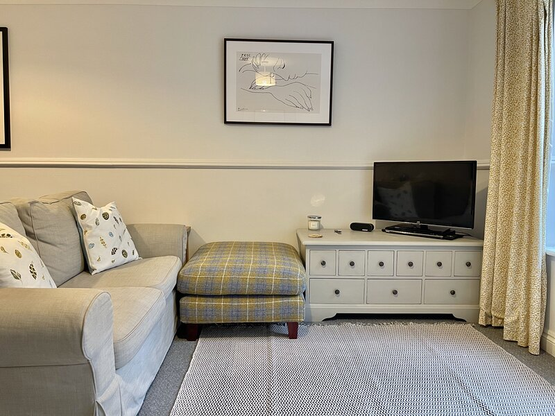 Filmer Cottage - Delightful coastal cottage in the heart of Walmer, vacation rental in Great Mongeham