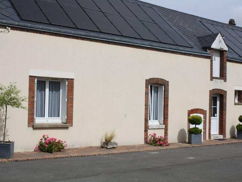 Les Mézières, casa vacanza a Cloyes-sur-le-Loir