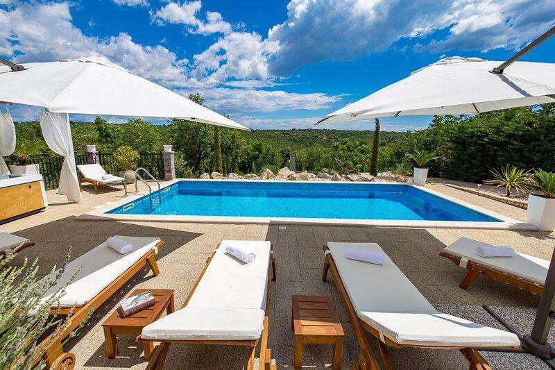 Villa Emma Maria, location de vacances à Kunj