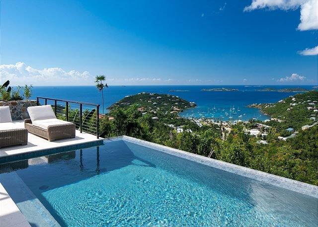 Marathon: New Construction! Full AC! Pool! Amazing Views!, holiday rental in Cruz Bay