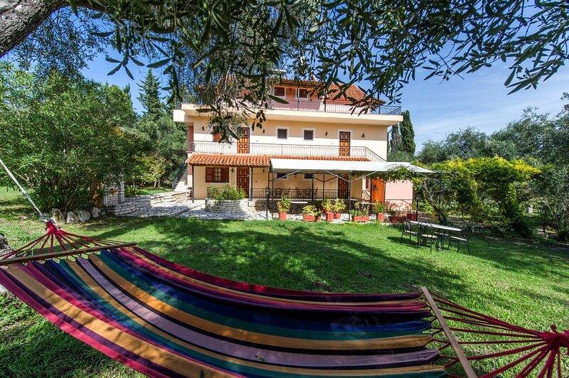 Villa Afroditi - Ihr Paradies zur Entspannung - Astrakeri Beach, holiday rental in Astrakeri