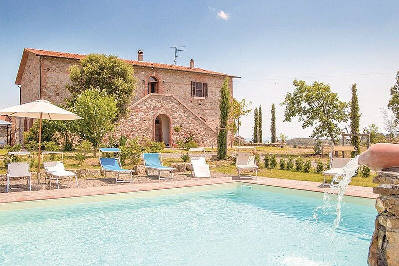 Stazione di Giuncarico Villa Sleeps 15 with Pool and Air Con - 5881806, aluguéis de temporada em Grilli