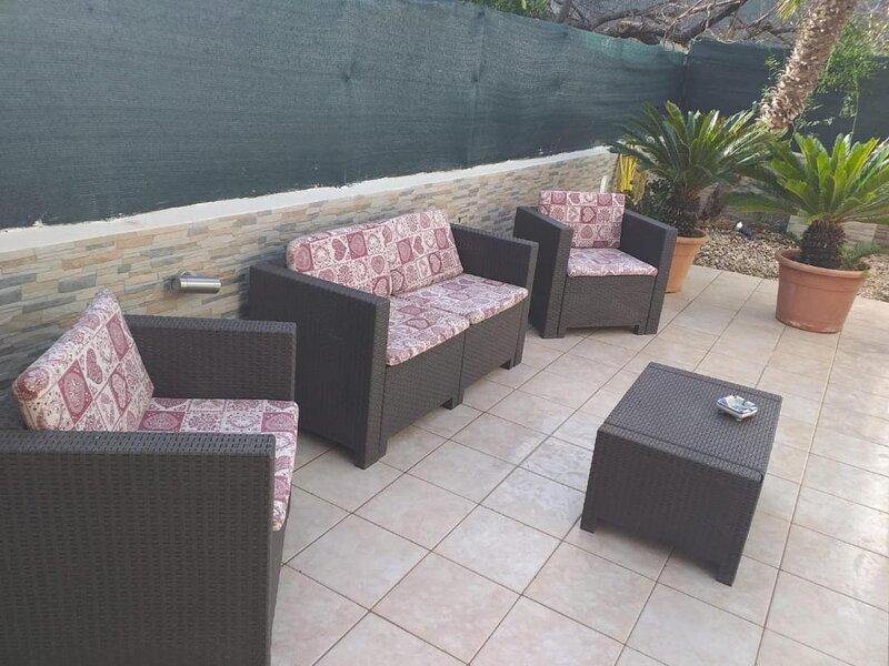 Casa La Giummarra, beautiful apartment with private patio, holiday rental in Castelluzzo