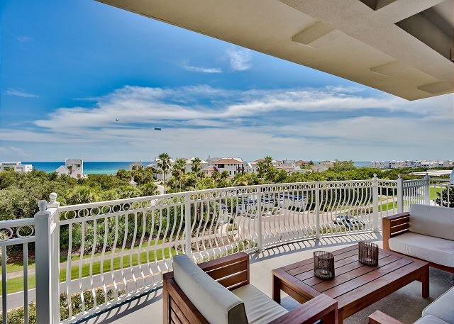 Legacy at the Alexander - Penthouse Condo * the Alexander in Seacrest Beach, holiday rental in Seacrest Beach