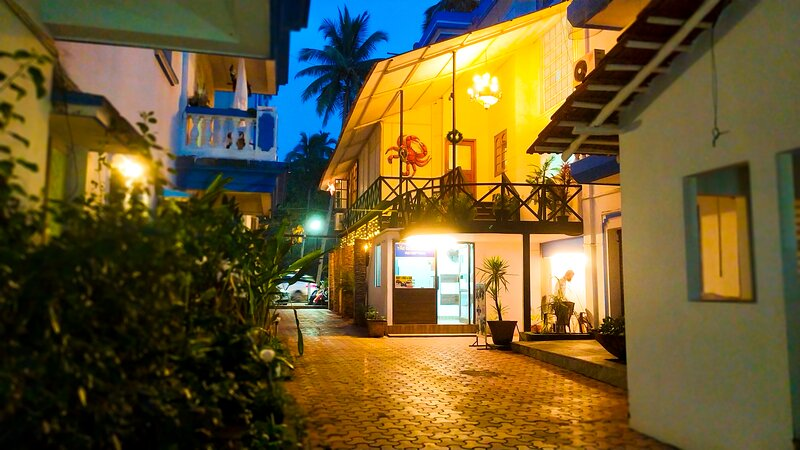 Hiline Hotels Serviced Apartment 101, holiday rental in Calangute