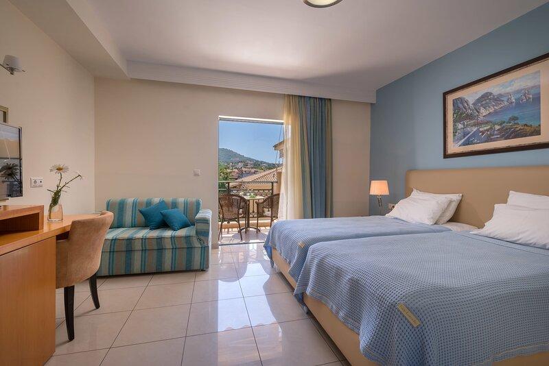 Syvota Luxury Retreat - Seaside Cozy TwinSuite, holiday rental in Plataria