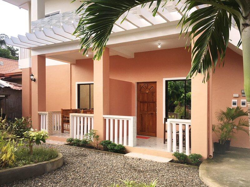 SYKE's Apartment - Twin Room | Santa Fe - Cebu | Bantayan, vacation rental in San Remigio