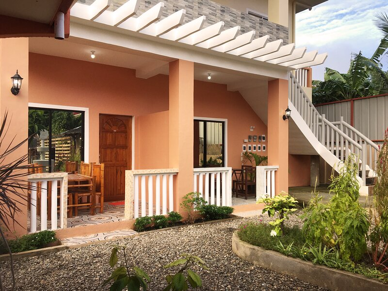 SMAK's Apartment (entire apartment) |Santa Fe - Cebu, vacation rental in San Remigio