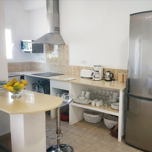 Beautiful Apartment / Encantador Apartamento en Binibeca, holiday rental in Biniancolla