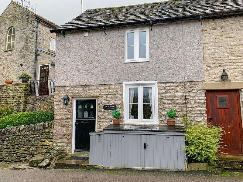 HIGH VIEW COTTAGE, Romantic, Open-plan living, En-suite, Castleton, holiday rental in Edale